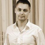 Роман Голенков